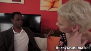 Horny kinky granny sucking on BBC with pink